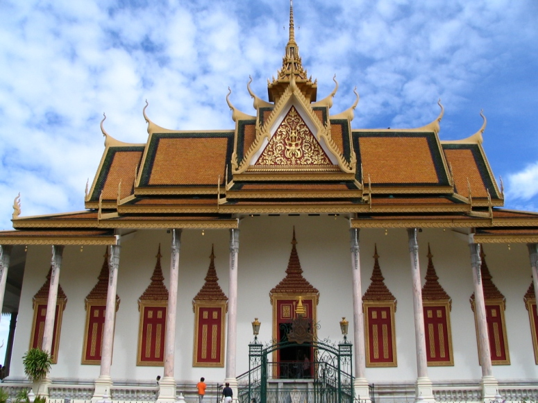 Royal_Palace,_Cambodia